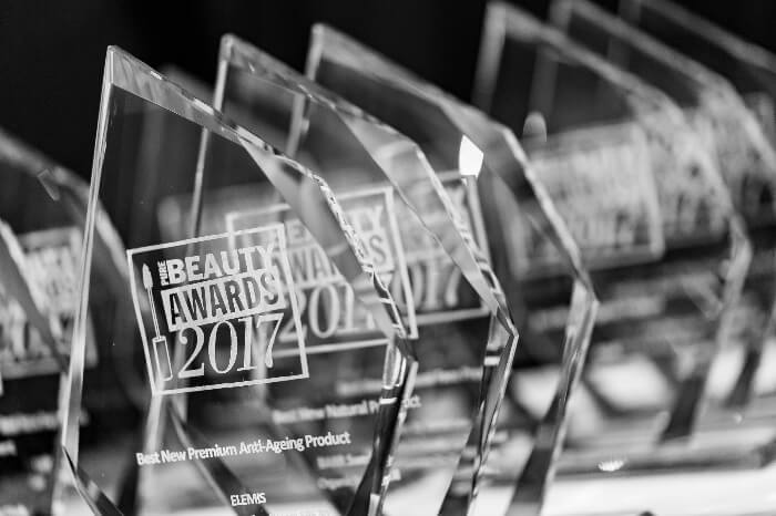 bevyc妝前保養Pure Beauty Awards行家間評比 只選出最好的獎項